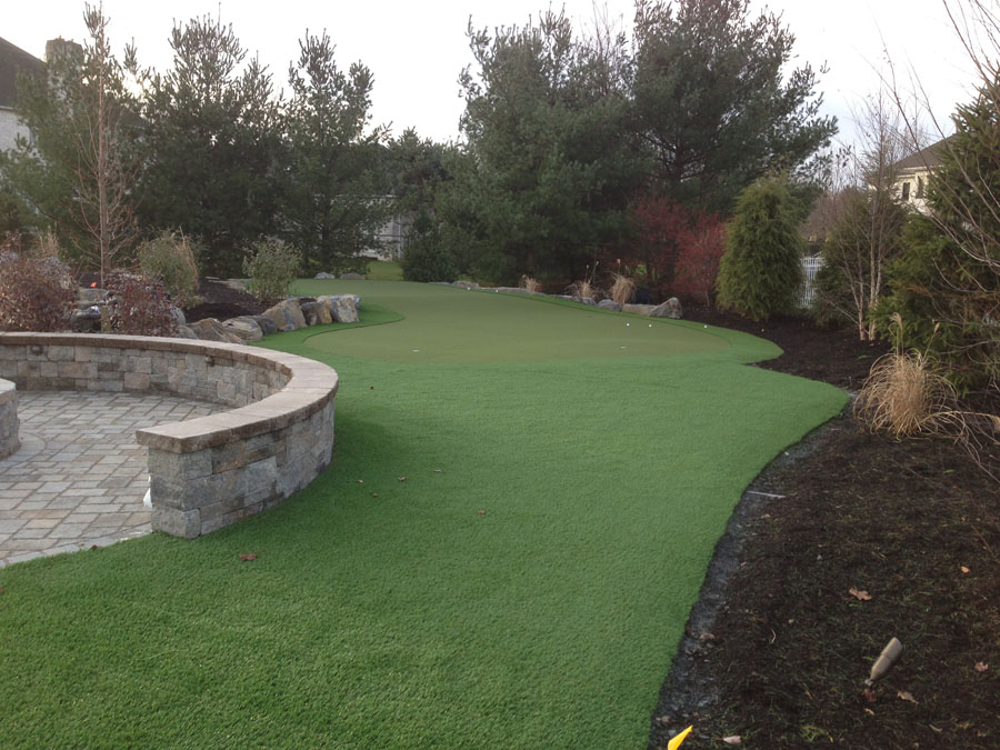 Massive backyard in Lehigh Valley with putting green